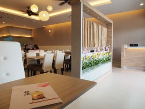 The dining area of SUMO Cyberjaya
